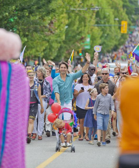 Premierminister Justin Trudeau auf der Regenborgenparade im Jahr 2016